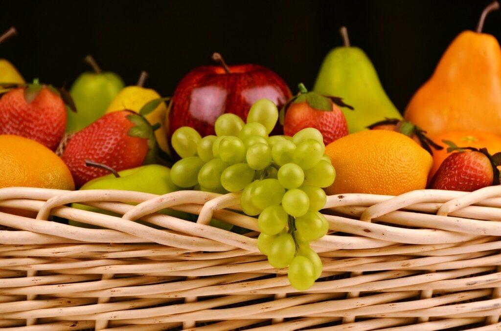 fruit basket, grapes, apples